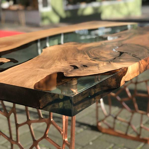 High Quality Epoxy Natural or Live Edge Slab Wood Table